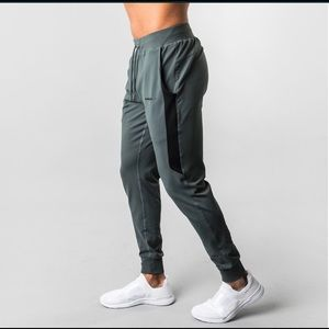 Alphalete Pants - ALPHALETE PREMIUM JOGGERS V2 URBAN CHIC brand new